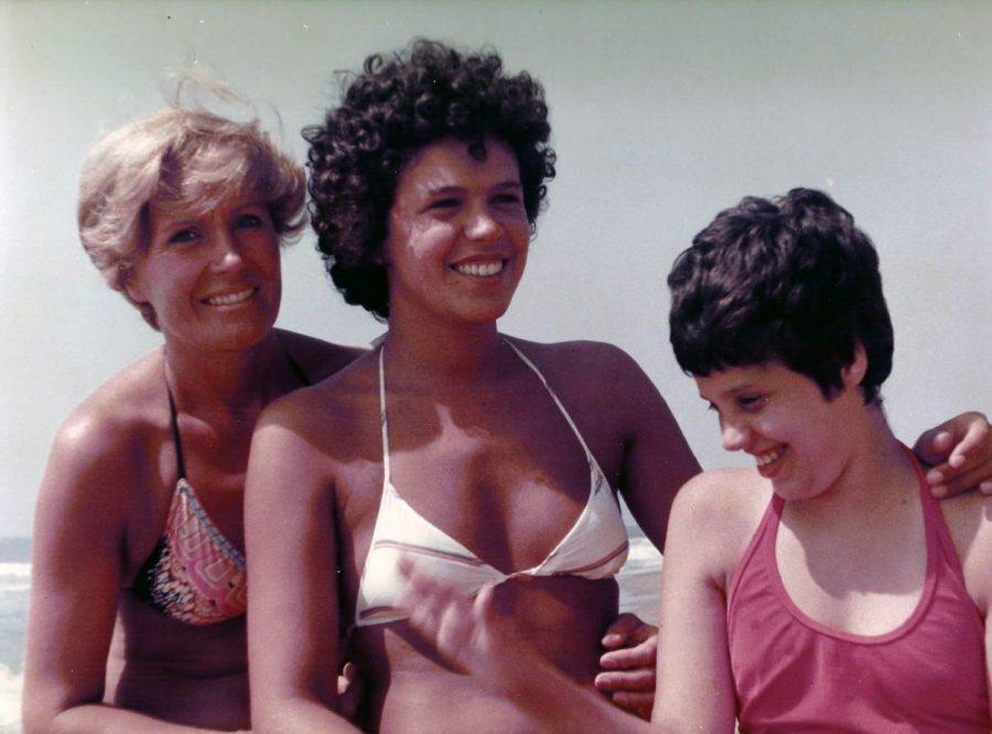 Anni '70, Mariella con le figlie Alessandra e Laura